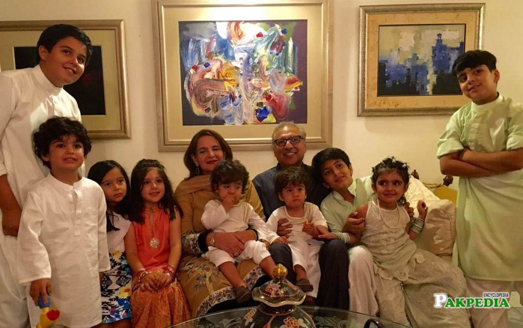 Arif Alvi with his family