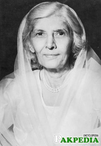 A Great leader (Fatima Ali Jinnah)
