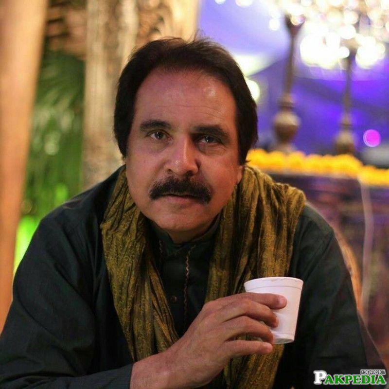 Ashraf Khan Biography