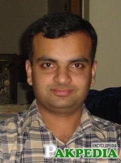 Umera Ahmad Husband Pic