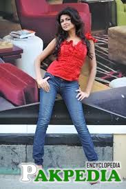 Ash rocking in jeans