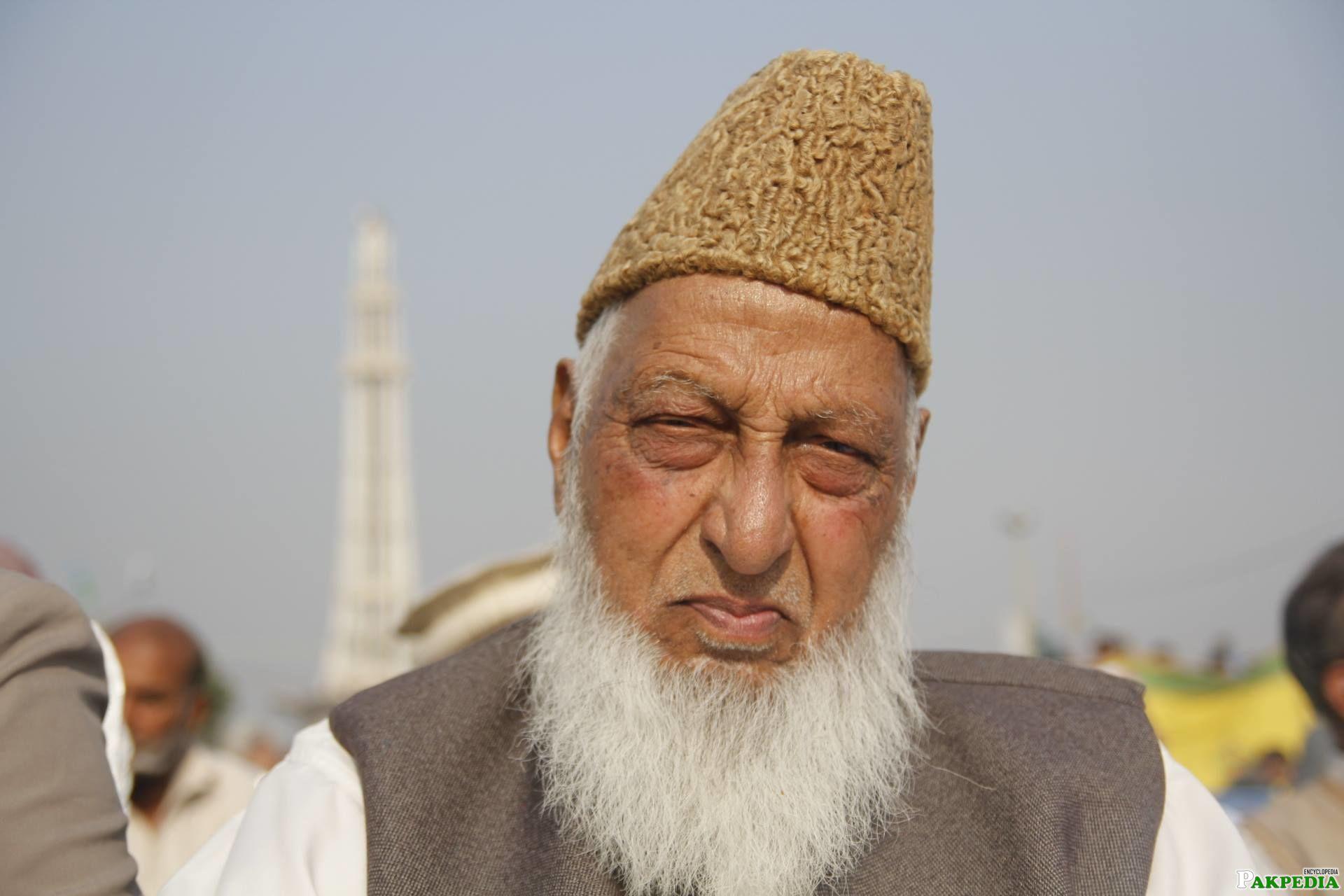 Naimatullah Khan at Minar-e-Pakistan in Jalsa
