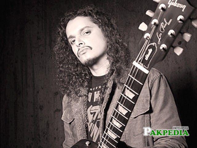 Mekaal Hasan is a best guitarist