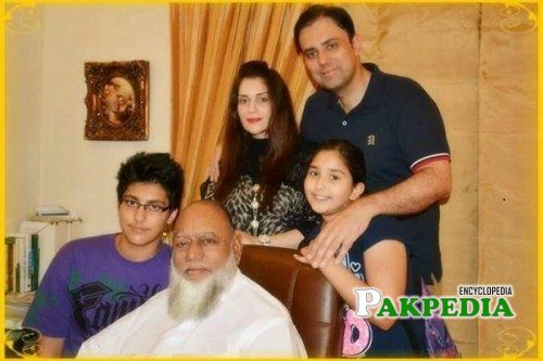 Faraz Inam Family