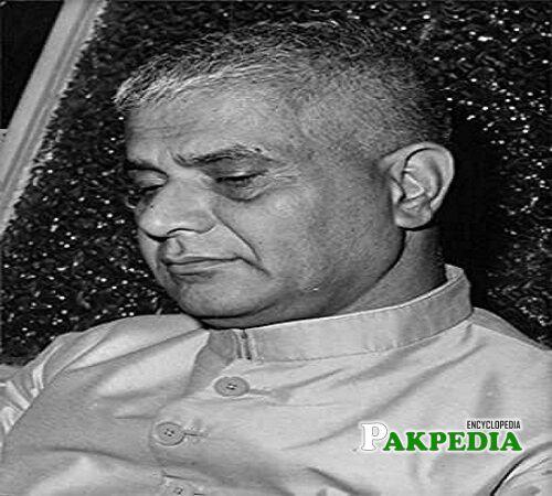 Agha Shorish Kashmiri Biography