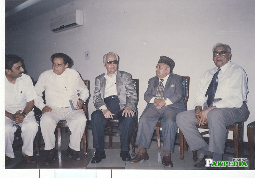 Dr M A Soofi with Justice Naseem Hassan Shah, Mr Majeed Nizami and others