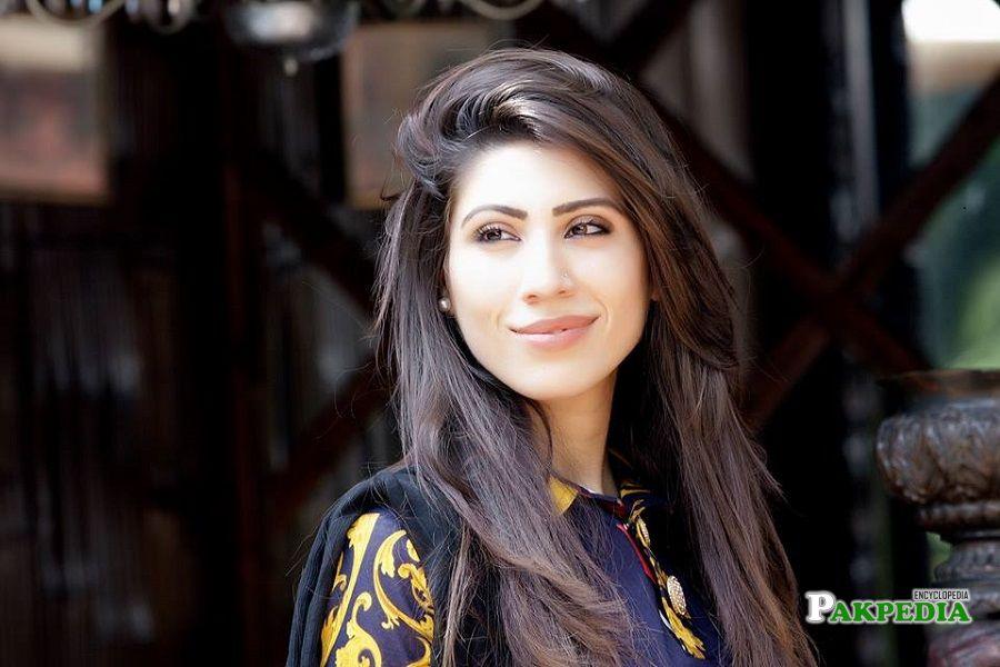 Hina Pervaiz butt career
