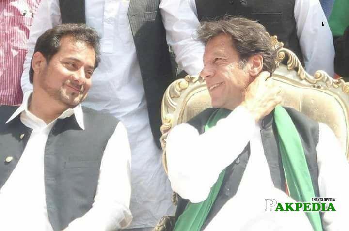 Sadaqat Ali with prime minister of pakistan