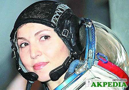 Namira Salim Space Girl