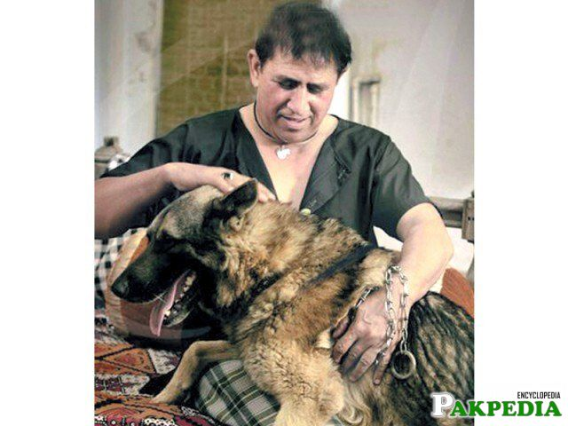 Shafqat Cheema with his Pet