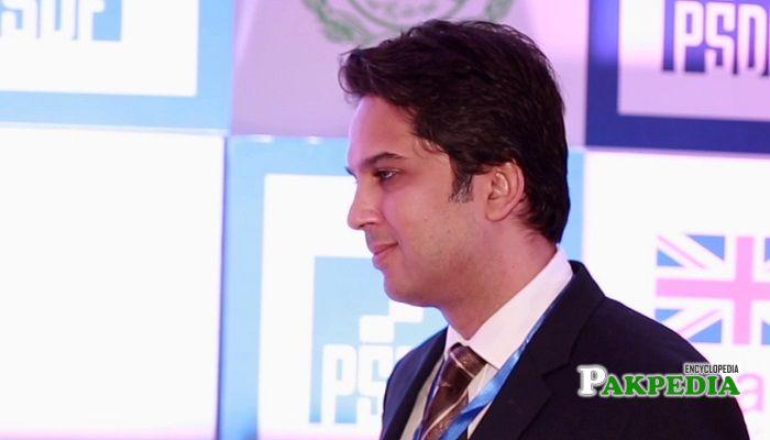 Hashim Jawan served as Vice president at Citi bank