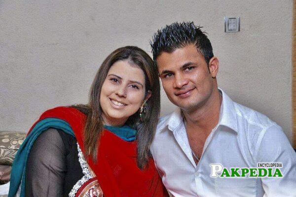 Imran Farhat wife