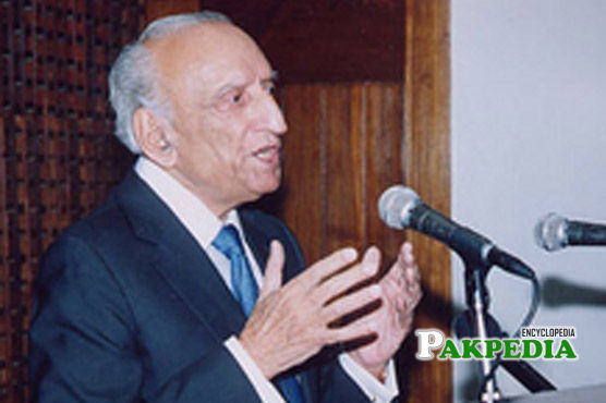 Sahabzada Yaqub Khan talking on mike