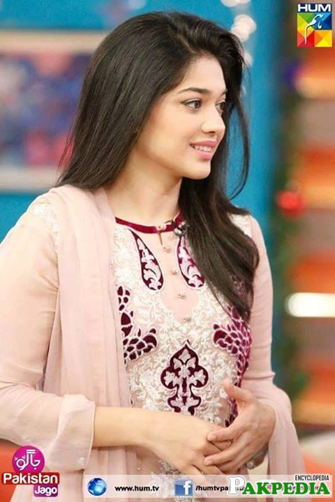 Gorgeous Sanam Jung