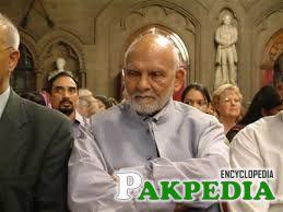 Khwaja Shamsuddin Azeemi also a Professor