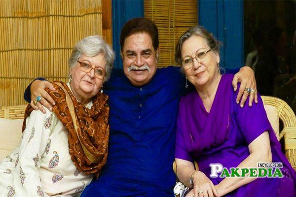 Irfan Khoosat Family