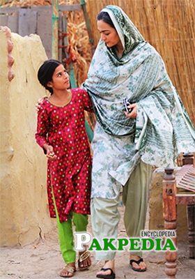 Samiya Mumtaz on sets of Udaari