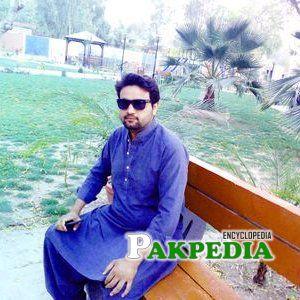 Rashid bukhari died in a lcal hospital in DG Khan