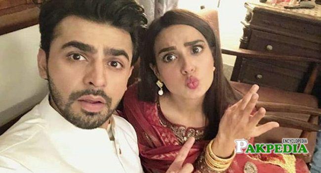 Farhan on sets of 'Suno Chanda'