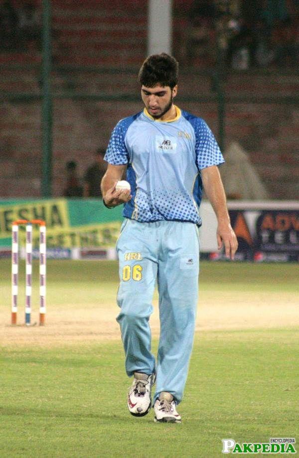 Usman Khan doing balling