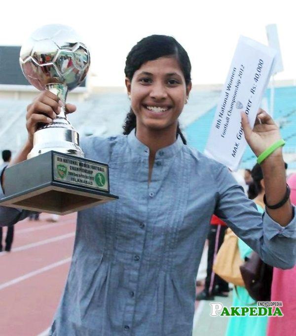 Hajra Khan after winning her trophy