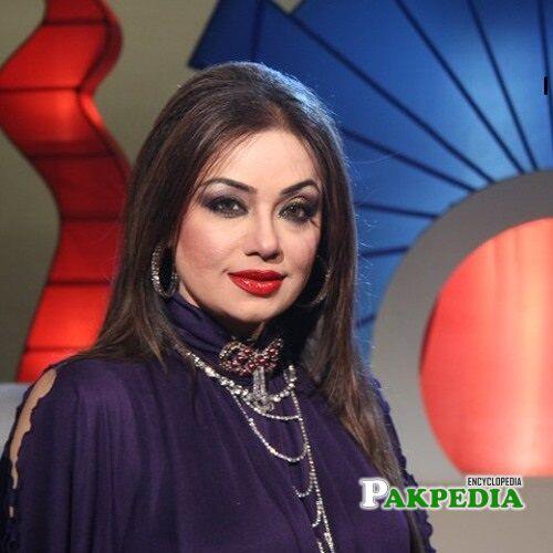 Shahida Mini Biography