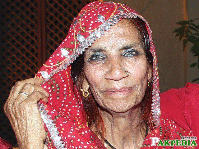 Reshma, Pakistan's 'first lady' of folk music