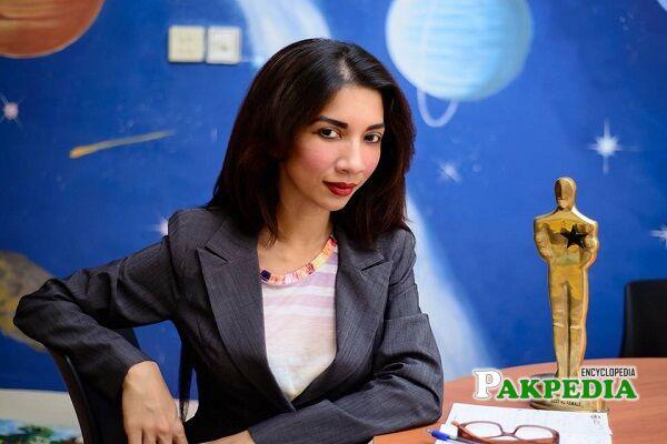 Sulmeen Ansari Biography