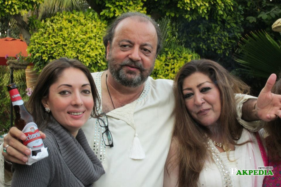 Agha Siraj Durrani with Sharmila Farooqi