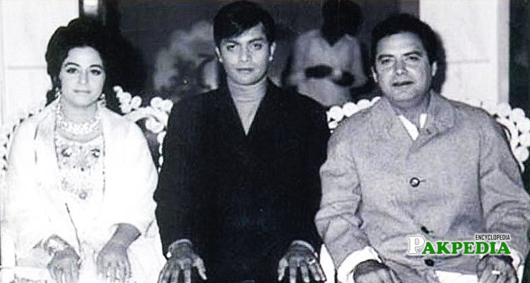 Waheed murad, sabiha and Syed moosa