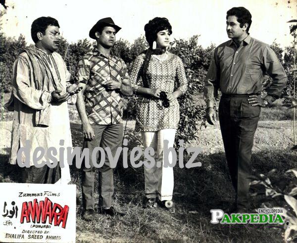 Munawar, naghamana and ijaz at shooting site