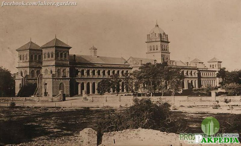 Old View of Mayo Hospital