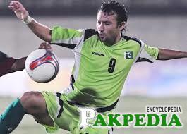 Pakistani Player play football
