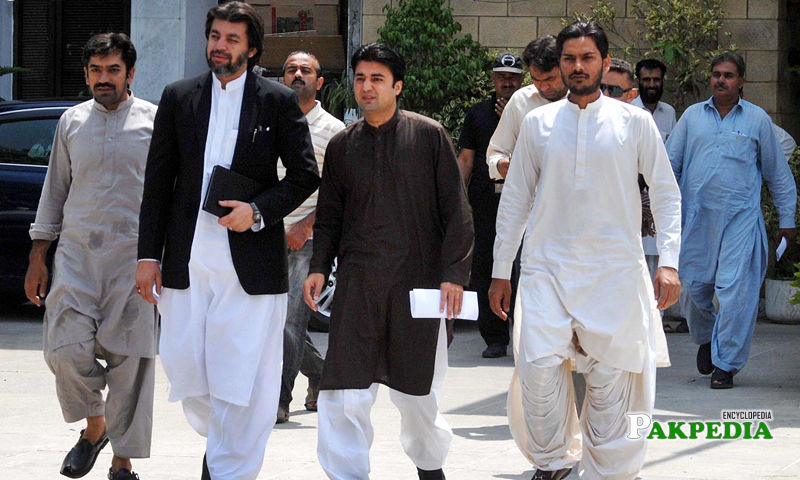 Ali Mohammad with Murad Saeed while coming from the office