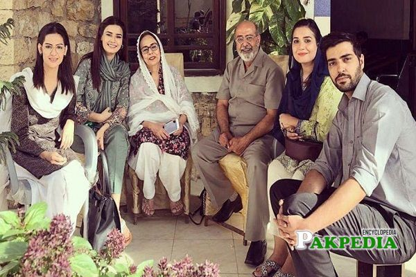 Mehreen with the cast of her series
