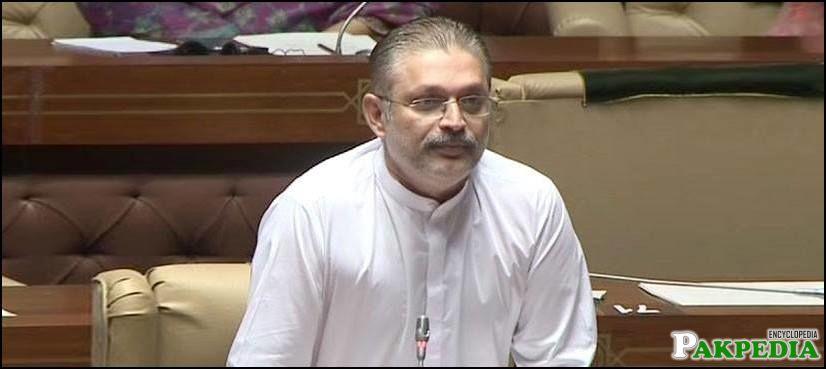 Sharjeel Memon in Sindh Assembly
