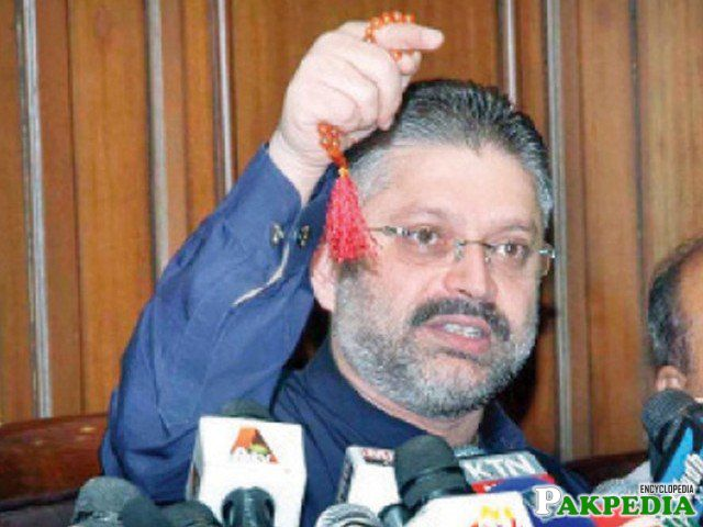 Sharjeel Memon on media talk