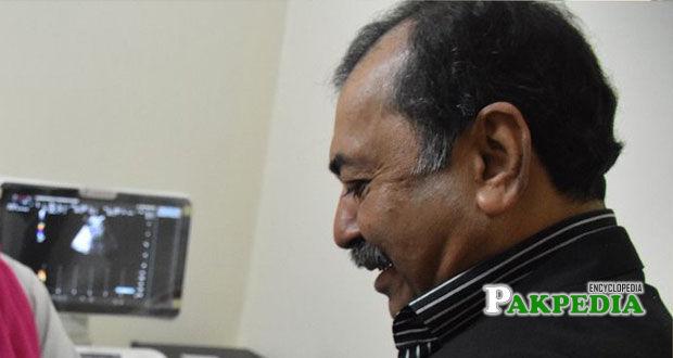 Retired bureaucrat Fazalur reham
