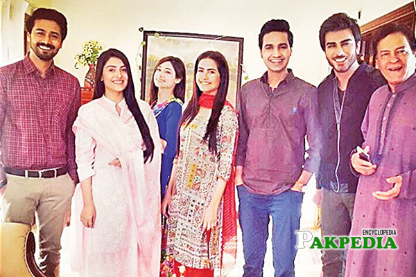 Ali Abbas with the team of Tum kon piya