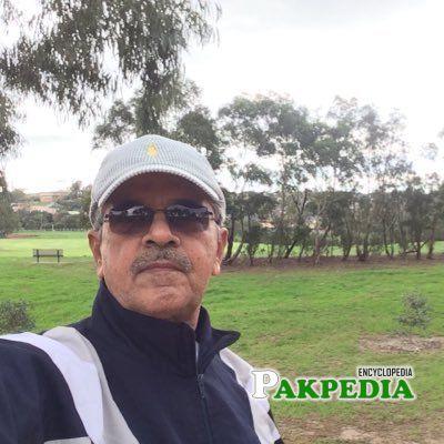 Kaleem Saadat was born in a Rajput family of Faisalabad