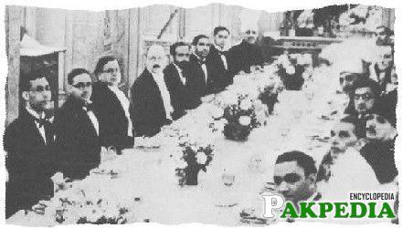 Chaudry Rahmat Ali (left) sitting opposite Allama Mohammad Iqbal and Quaid-eAzam-