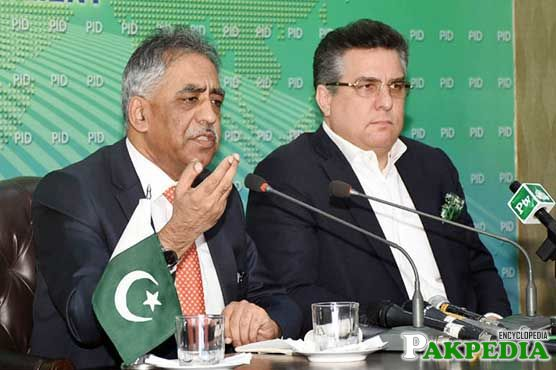 Daniyal Aziz with Governor Sindh
