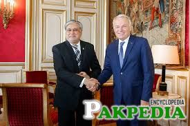 Mohammad Ishaq Dar, Minister for Finance, Revenue, Economic Affairs, Statistics and Privatization was received by Jean-Marc Ayrault, French Minister