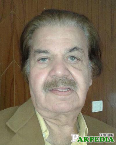 Qazi Wajid Senior Actor