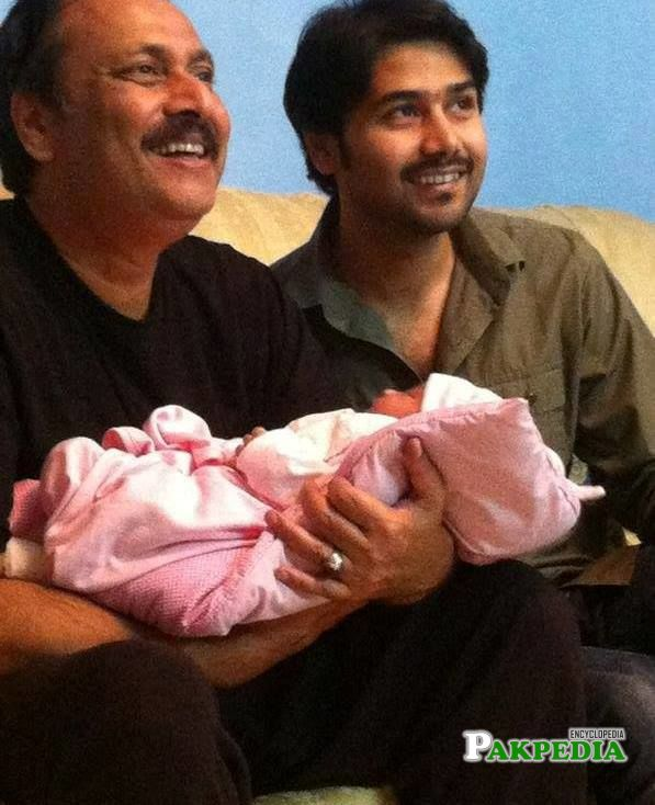 Ali Abbas with his son and father Waseem Abbas