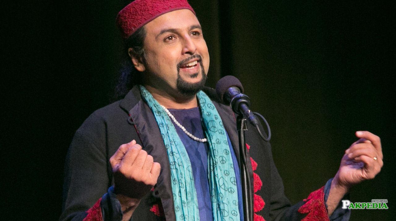 Salman Ahmad on stage