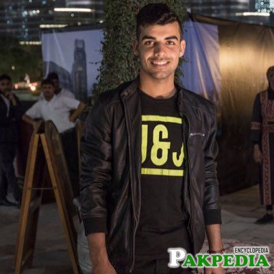 Shadab Khan Profile Picture