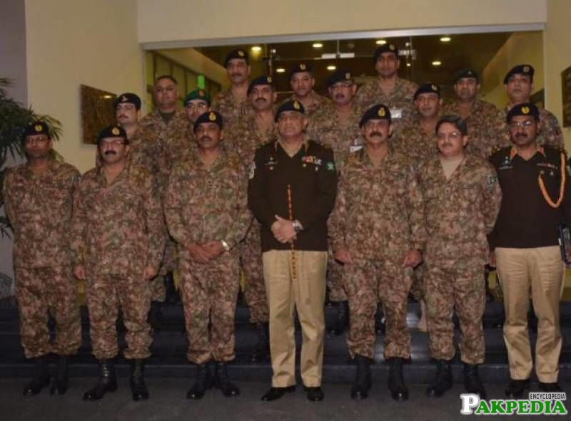 Army chief lauds role of ISPR