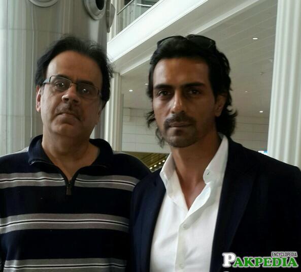 Dr. Shahid Masood with Arjun Rampal