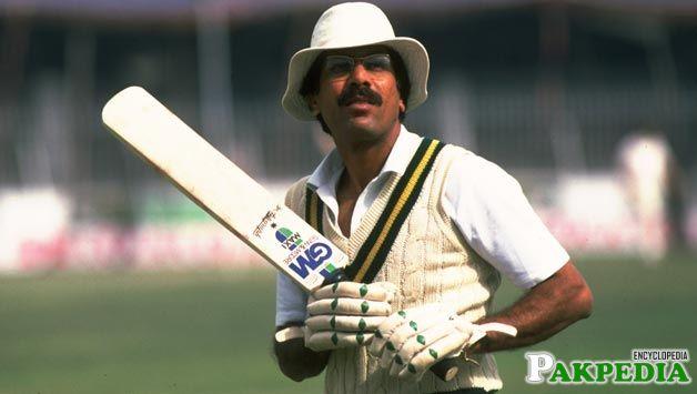 Zaheer Abbas in Test Match